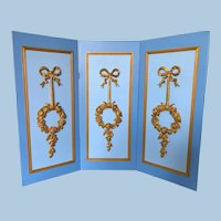 """18"""" Blue and Gold Wood Screen for Dolls"""