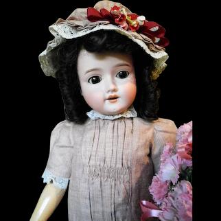 "23"" Schoenau & Hoffmeister 1909 Antique Doll"