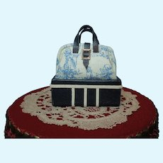 Small Travel/Carpet Bag for Fashion Doll
