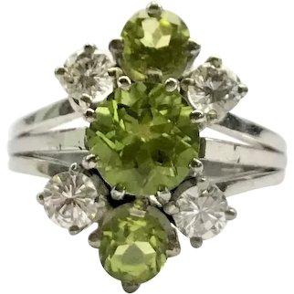 14ct White Gold Diamond & Peridot Ring
