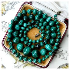 Large 81g Art Deco Malachite Necklace, 1930s Hand Carved Graduated Beads. Beautiful Natural Textures!