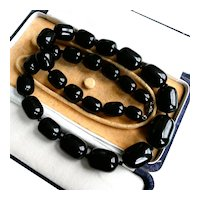 Substantial (111g) Vintage Art Deco Bakelite Necklace (Tested), 1930s Jet Black Graduated Barrel Beads, 24 Inch Long. FREE 3 DAY DHL SHIPPING