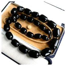 Substantial (111g) Vintage Art Deco Bakelite Necklace (Tested), 1930s Jet Black Graduated Barrel Beads, 24 Inch Long