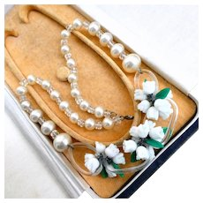 1940s Art Deco Venetian Murano Glass Flower Necklace, Lily of the Valley Glass Pearl Choker. Free Worldwide Delivery