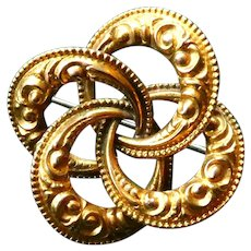 Antique Victorian 14K Yellow Gold Repousse (Embossed) Love Knot Pin Brooch in Great Condition.