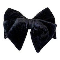 Vintage 1960s Floppy Dandy Black Velvet Clip-on Bow Tie by Royal