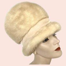 Vintage 1960s Mod Bubble Go Go Tall Cream Mink Fur Velvet Band Brimmed Hat