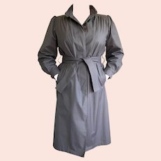 Vintage 1990s Ladies Gray London Fog Tailored Ruched Raincoat
