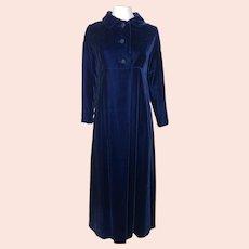 Vintage 1960s Blue Velvet Evening Coat