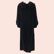 Vintage 1920s Black Velvet Opera Evening Coat Silk Lining