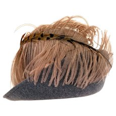 Vintage 1960s Plumed Ostrich Pheasant Feather Gray Wool Hat