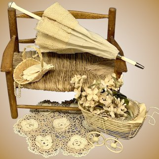 """Lovely Antique Silk and Lace parasol for your French Fashion Doll-11.5"""""""