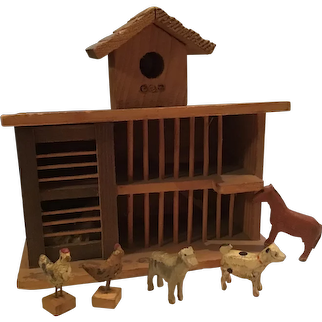 Early Toy Erzgebirge Farm Set Made in Germany Animals and Barn