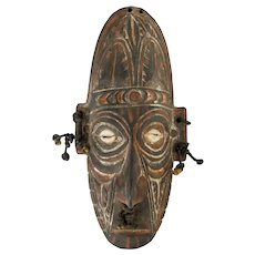 Carved Papua New Guinea Tribal Mask