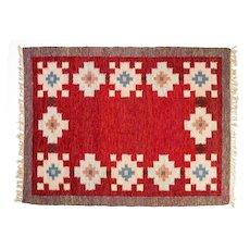 Scandinavian mid-century rug by Birgitta Södergren . 237 x 174 cm (93.31 x 68.5 in).