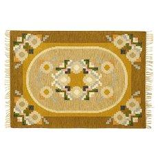 Scandinavian mid-century rug by Ingegerd Silow. 230 x 167 cm (91 x 66 in)