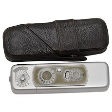 Vintage Minox Model B Miniature Spy Camera w/Leather Case