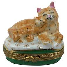 Vintage LIMOGES France Orange Tabby Mother Cat Kitten Gilt Porcelain Trinket Box