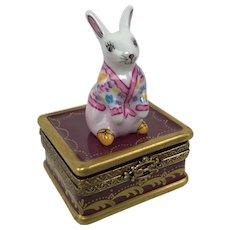Vintage Limoges France Bunny Rabbit Pink Shirt Peint Main Porcelain Trinket Box
