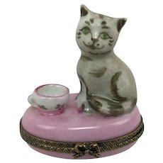 Vintage Limoges France Cat Kitten Pink Teacup Peint Main Porcelain Trinket Box