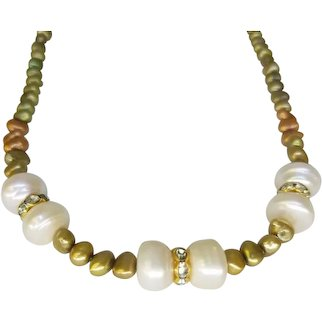 Hand Strung Freshwater Cultured Pearl Beaded Necklace