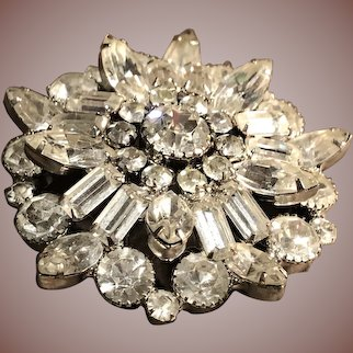 Stunning Large Vintage Rhinestone Brooch - A Real Show Stopper - Silvertone Prong Set