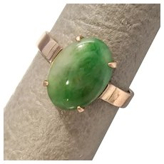 Size 6.25 Green Jadeite 14K Rose Gold Ring
