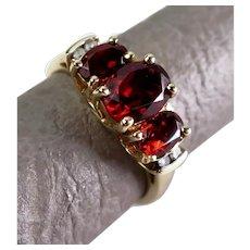 For Repair Size 7 Garnet & Diamond Three Stone 10K Yellow Gold Trellis Ring