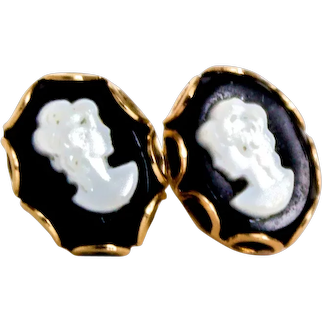 Cameo Stud Earrings in Onyx and 14k Yellow Gold