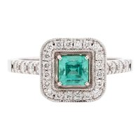 No-oil Russian Emerald 18 Karat Gold Diamond Engagement Fashion Ring