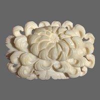 Hand-Carved White Stone Chrysanthemum Brooch