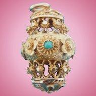 18 carat Gold Pomander with Turquoise, Georgian