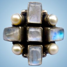 Moonstone Ring; Silver; Vintage