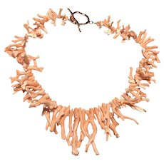 Pantone Color 2020 Natural Angel Skin Pink Pacific Coral Branch Necklace
