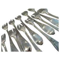 Gorgeous French sterling silver 12 oyster forks Louis XVI st 294g 10,4oz
