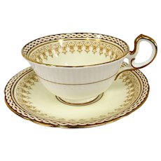 ELEGANT Aynsley English Bone China Teacup And Saucer,Winchester Pattern, Cream and White,Lush Gold Trim,Elegant Cup and Saucer,Collectible Vintage Teacups