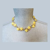 LOVELY Mid Century Necklace,Yellow Leaf Motif,Exquisite Retro Gold Tone Necklace,Vintage Collectible Jewelry