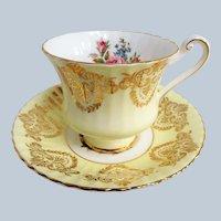 BEAUTIFUL Vintage PARAGON Teacup and Saucer,English Bone China Cup and Saucer, PINK CABBAGE Roses Cabinet Teacup Saucer,Collectible Vintage Teacups