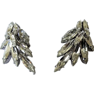 SPARKLING Sherman Signed Vintage 50s Earrings,GLITTERING Clear Navette Clip On Clip Earrings,Collectible Sherman Jewelry,Mid Century Jewelry