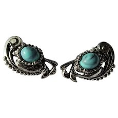 WONDERFUL 1950s South Western Style Earrings,Art Glass Turquoise Filigree Silver Tone Setting, Clip On Earrings,Mid Century Clip Earrings,Collectible Jewelry