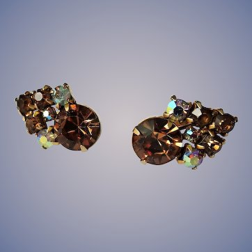 SPARKLING Art Glass Earrings Signed Keyes,Vintage Topaz color Glass and AB Rhinestones Clip On Earrings, Collectible Mid Century Jewelry
