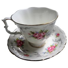 LOVELY Teacup and Saucer Royal Albert English Bone China,PINK Roses Flowers,Vintage Cup and Saucer,Tea Time China,Collectible Teacups