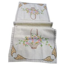 LOVELY Farmhouse French Country Table Runner,Buffet Scarf,Table Centerpiece,Kitchen Linens,Hand Embroidery Work Lace,French Cottage Linens