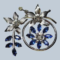 LOVELY Vintage Large Brooch,Gorgeous Sparkling Blue and White Crystals,Faceted Stones,Floral Spray,SilverTone Metal,Collectible Jewelry
