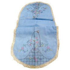 VINTAGE 1920s-30s Pretty Dresser Scarf Runner,Hand Embroidery,French Lace Trimmed, Lovely French Blue Handkerchief Linen,Collectible Linens