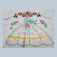 CUTE Hand Embroidered Southern Belle, 1930s Embroidery on Natural Cotton,Sweet To Frame or Pillow Front,Chic Cottage Decor,Collectible Linens