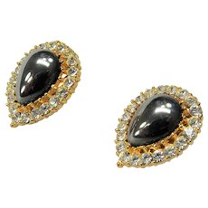 STUNNING Vintage Earrings,Luminous Gray Art Glass and Glittering Rhinestones Clip Ons,CLASSY Design,Collectible Jewelry