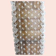 BEAUTIFUL Vintage FRENCH Netted Tulle LACE Shawl,Bridal Wedding Stole,Evening Lace Wrap,Scalloped Edges,Elegant Lace,Decorative French Decor