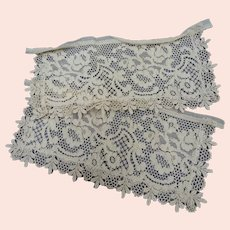 BEAUTIFUL Victorian Mixed French Lace Cuffs,Perfect For Dolls,Bridal Dress, Lamp Shades, Hats, Collectible Antique Lace