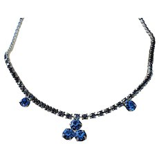 BEAUTIFUL 1950s Sapphire Blue Glass Rhinestones Necklace,Lovely Design,Silver Tone Metal Necklace,Elegant Evening,Prom,Bridal Jewelry